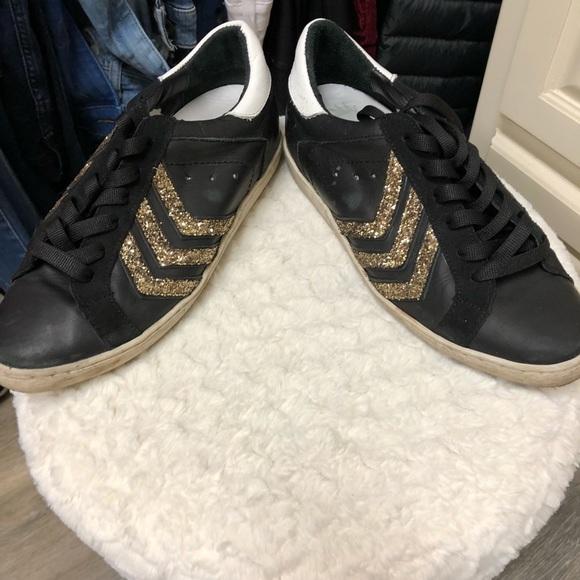 c7e5be5613d Steve Madden Shoes - Steve Madden free bird sneakers size 10